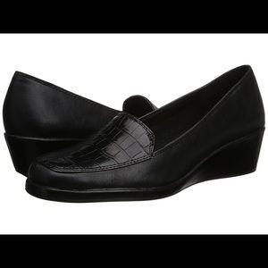 A2 by Aerosole Black new snakeskin loafer wedges